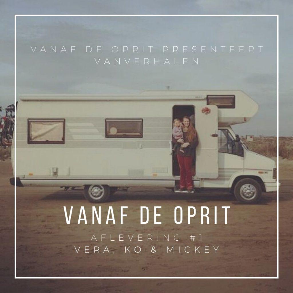 Vanaf de Oprit. De Nederlandse reispodcast interview serie over niet reizen. Afl1 Vera, Ko en Mickey van nieuwetijdswonen. Nieuwetijds wonen